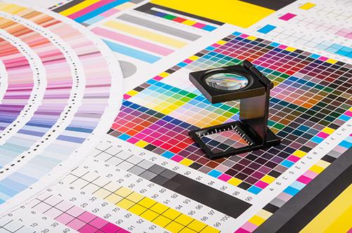 Дизайн полиграфии, разработка: фирменных каталогов, листовок, брошюр